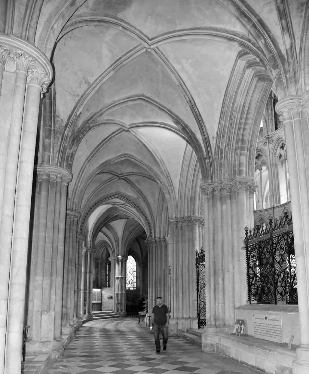 abbey-aux-hommes-3