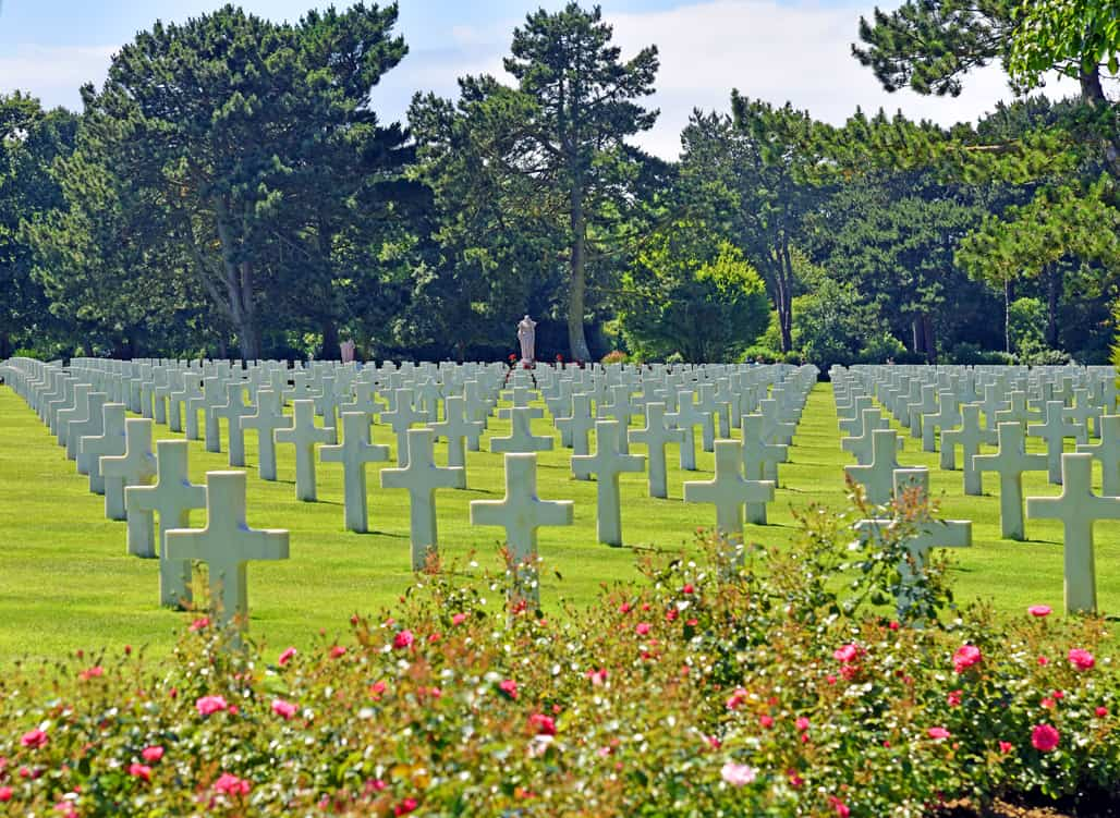 american-cemetery-3