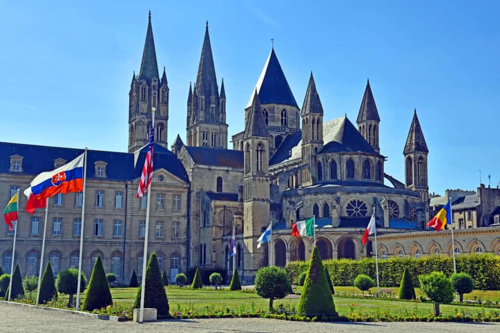 Abbaye aux Hommes Caen France Tour